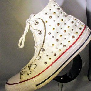 Converse sz 7 Gold and Silver Stud Chuck Taylors